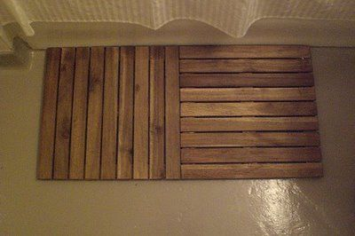 Complete your spa bathroom with a wooden shower mat   IKEA Hackers Clever ideas and hacks for your IKEA