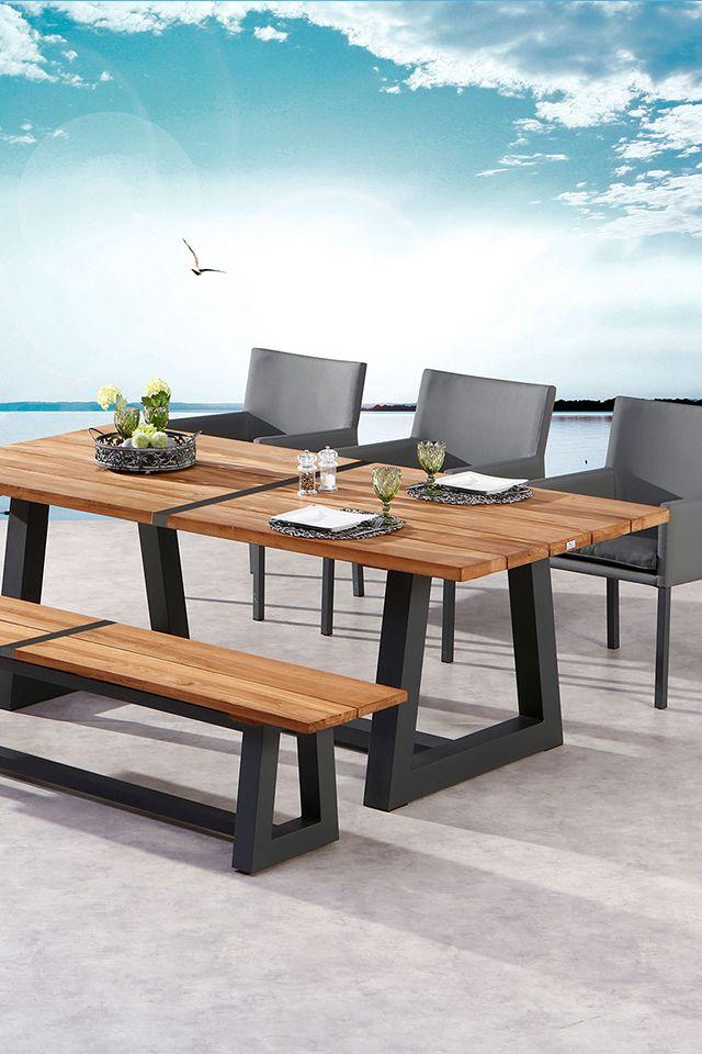Den Ausblick Geniessen Mit Dieser Stylischen Kombi Aus Tisch Bank Und Stuhlen Von Best Einfach Schon Gartentisch Dekor Gartenmobel