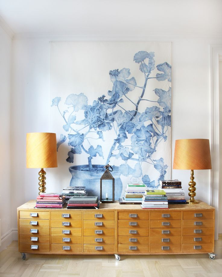 Wall Decor Hanging in Linnen, Blue Geranium 200x150cm. Konstig Design by Emma…
