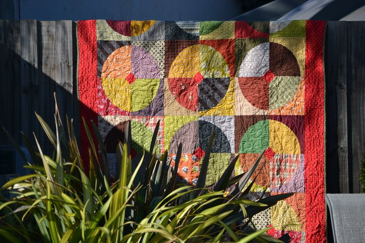 Drunkards Path Quilt in Earth Tones