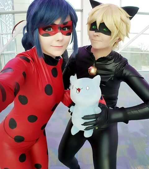 Ladybug and Chat Noir cosplay