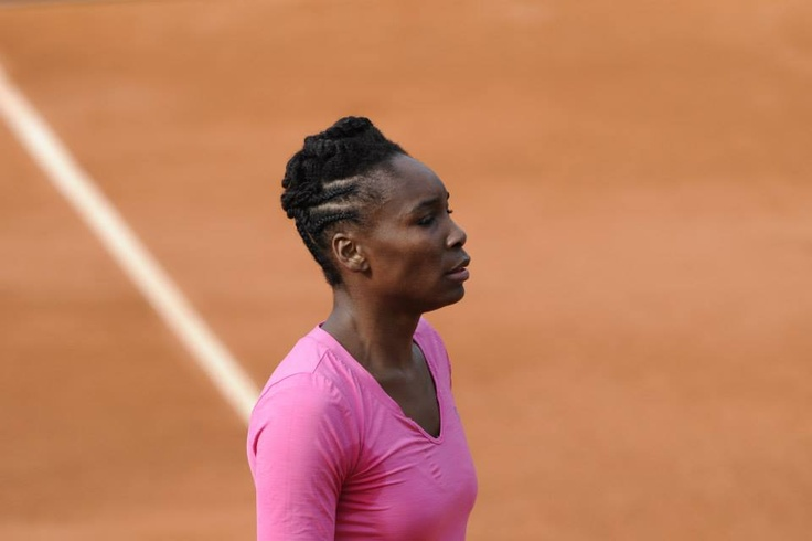PARIS: Venus has only pulled out of the Australian Open -- 1 Slam. She did not pull out of this one either. In fact, the last time Venus lost in the 1st round here was in 2001, to Barbara Schett 12 years ago. #Consistent LUV the hair! #Regal