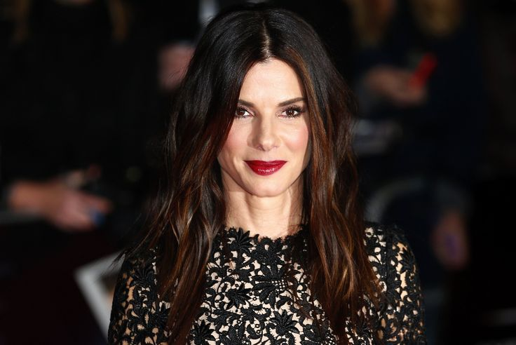 'Downton Abbey' Season 5 Premiere: Sandra Bullock To Join The Cast, Finding A Place To Live Near The Set? [VIDEO]