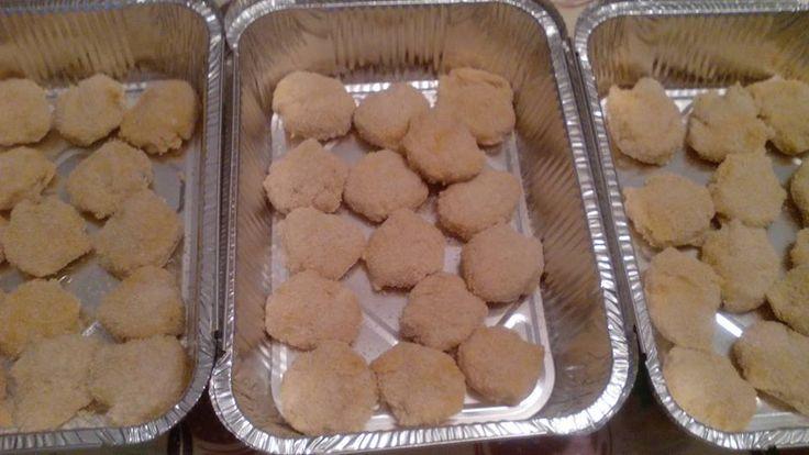 Nuggets de frango   Os miúdos de vez em quando também tem direito a um miminho, e como raramente faço fritos em casa, desta vez saíram uns ...