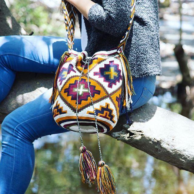 #crochet & crochet, a true love affair #Handmade #fairtrade #WayuuBags #fallstyle #autumnfashion #ethicalfashion #indigenous #Colombia #ootd #lifestyle #styleblogger #bohofashion #bohemian