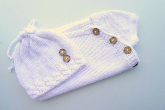 Hey, I found this really awesome Etsy listing at http://www.etsy.com/listing/161327048/newborn-vest-and-hat-white-bamboo