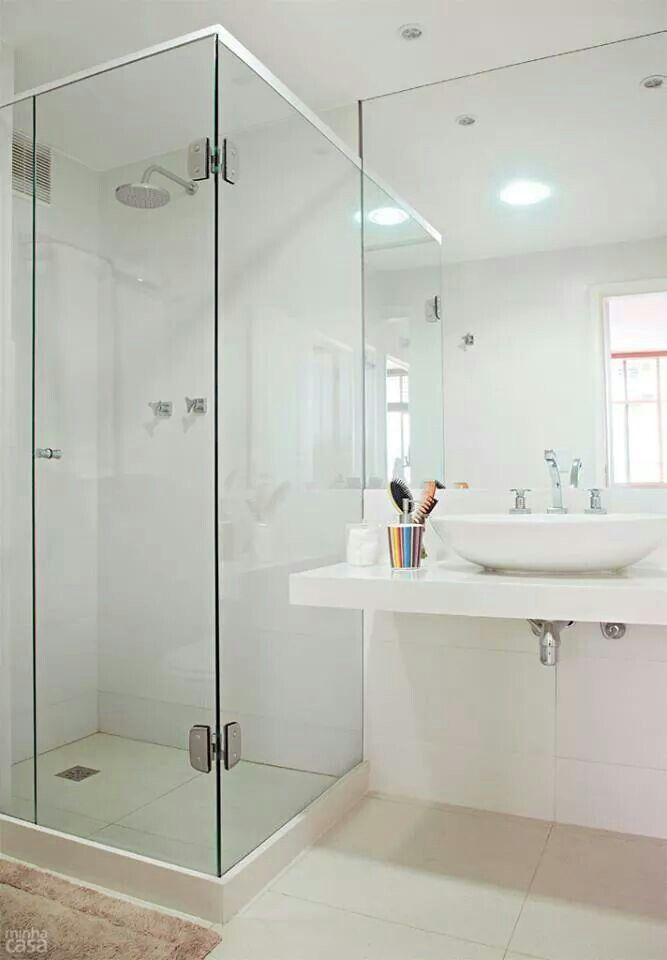 Banheiro sem azulejos com porcelanato branco casa nova for Nova casa azulejos