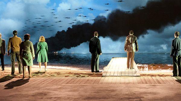 Image from the lovely musical Soldaat van Oranje! Very impressive!     http://livwow.nl/2012/09/soldaat-van-oranje-musical-kijken/