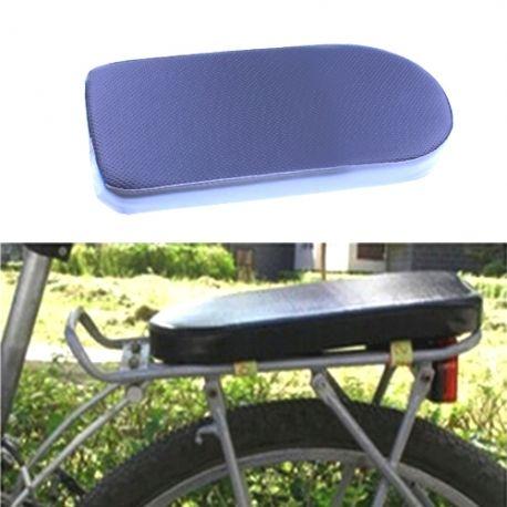 Siège arrière enfant assis sur porte bagage vélo