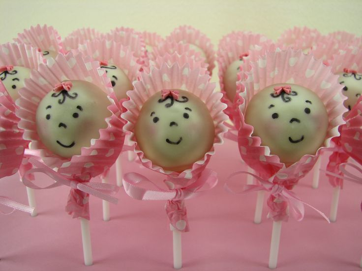 Vanilla cake pops for a baby shower.
