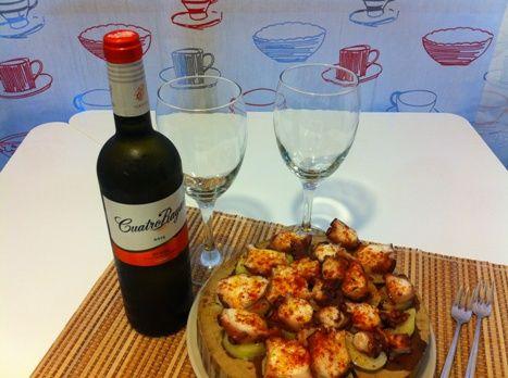 #Pulpo a la gallega listo para armonizar con un #vino #verdejo 100% de @BodegasCuatroRayas