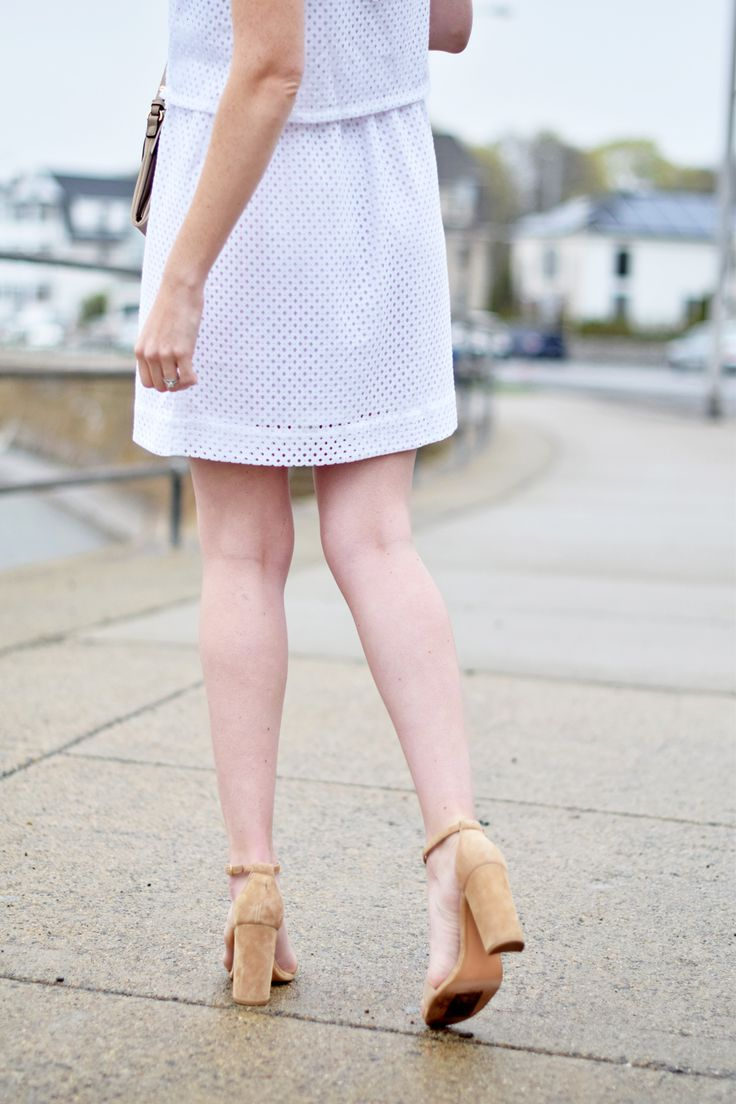 eyelet mesh tiered dress with suede sandals on one brass fox http://onebrassfox.com/eyelet-mesh-tiered-dress/