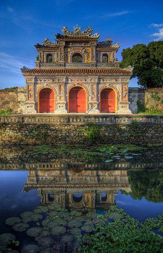 Ville historique de Hue   Porte de la ville, Hué, Thura Thien-Hue, Vietnam. Ville impériale des Nguyen