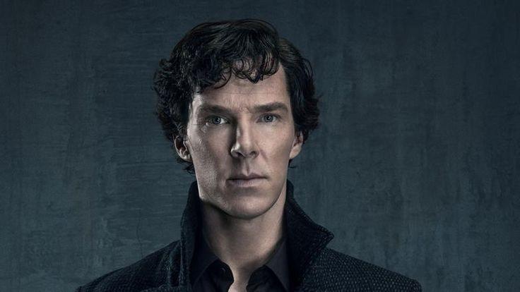 Benedict Cumberbatch spielt den exzentrischen Sherlock Holmes. Mehr zu Schauspieler und Rolle finden Sie hier.