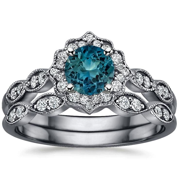 17 Best ideas about Halo Wedding Rings on Pinterest Halo