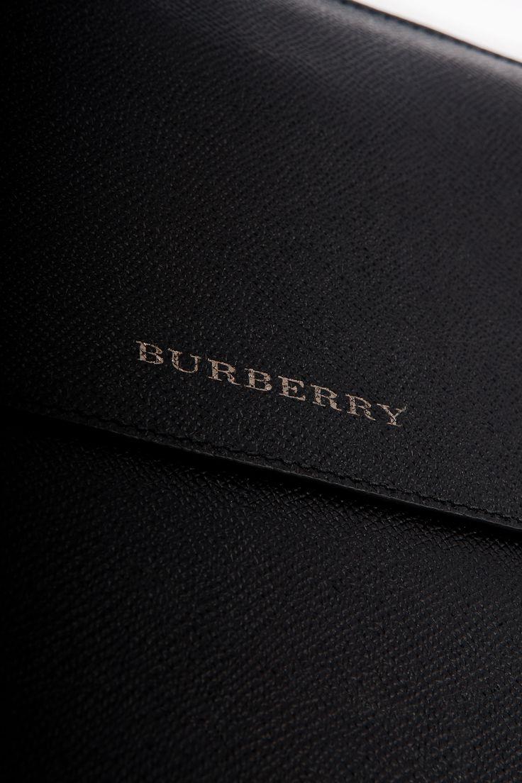 Burberry iPad Hülle