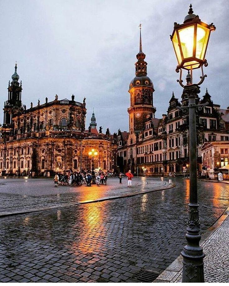 Berlin Holidays 2016 : 25 best ideas about germany travel on pinterest summer holidays 2016 haha com and berlin ~ Orissabook.com Haus und Dekorationen
