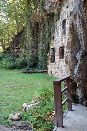 Beckham Creek Cave Lodge--Arkansas.