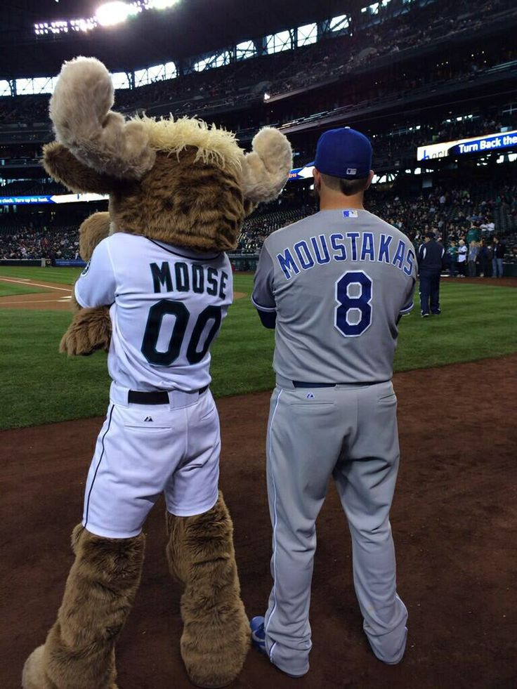 My 2 loves!! Seattle & Moustakus!!