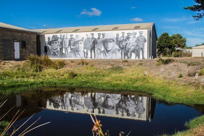 196 best images about aborigines indigenous australians for Australian mural