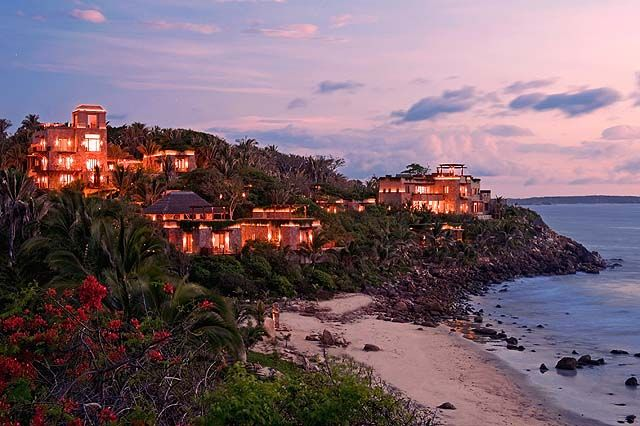 Imanta Resort: Splurge on a 10,000 sq.ft. suite with 65-ft private swimming pool - only $5,400 USD a night :-) ~ http://www.sandinmysuitcase.com/puerto-vallarta-hideaways-eco-chic-uber-luxe/