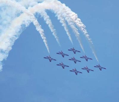 Beautiful precision by the Canadian Forces Snowbirds during the Air Show.