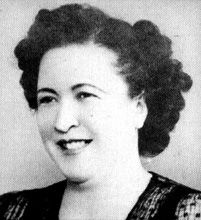 Yorgia Mitaki Born in 1911 in Avlona, Attica, died back in her 'horio', Avlona, on 28 February, 1977. Yorgia Mitaki enjoyed a singing career that lasted thirty years. She came to Athens at the age of eighteen and married in 1930. Although she is remembered mostly as a singer of dimotika tragoudia, she was just as accomplished with Smyrnaeika, singing compositions and arrangements of Panayiotis Toundas, Spiros Peristeris and others . ....