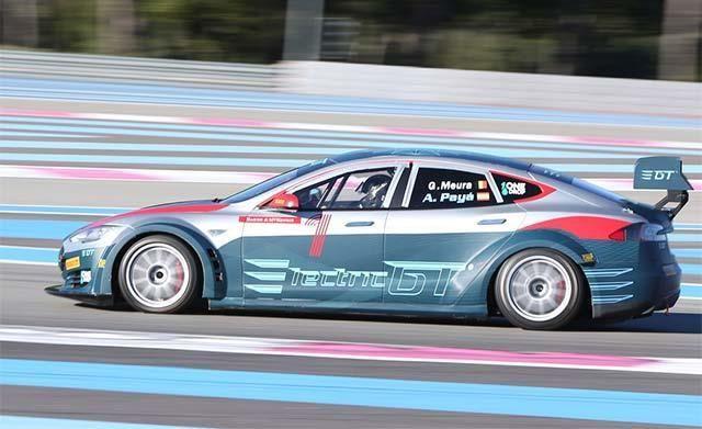 Electric GT : la Tesla Model S de sortie au circuit Paul Ricard