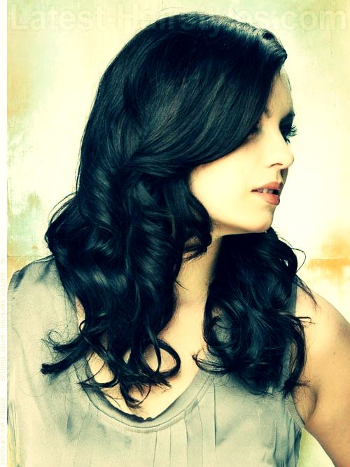 Love these soft waves? Learn how to get them yourself here... ;) http://www.latest-hairstyles.com/tutorials/hairstyle-ideas-for-frizzy-hair.html