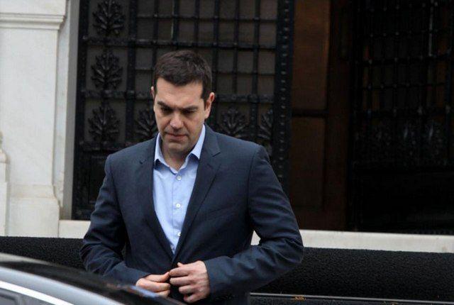 Σε θέση μάχης για την β' αξιολόγηση, με «έπαθλο» το QE της ΕΚΤ: Οι όποιοι «πανηγυρισμοί» στο Μέγαρο Μαξίμου για την απόφαση του Eurogroup…