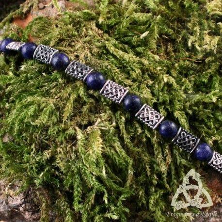 bijou bracelet celtique Oryana noeuds entrelacs pierre gemme agate bleu clair pastel argenté elfique médiéval païen wicca magie ésotérisme cadeau mariage noël