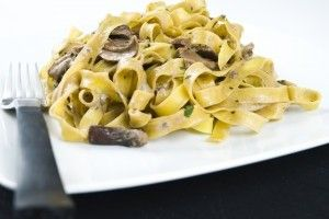 Paste cu ciuperci si smantana - Culinar.ro