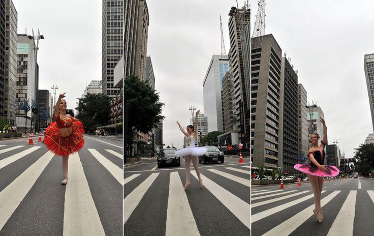 Grupo de bailarinas que se formou esta semana em uma escola de dança de São Paulo, faz performance na Avenida Paulista, neste domingo (09). Quando o semáforo fechava, uma das bailarinas se apresentava na avenida.