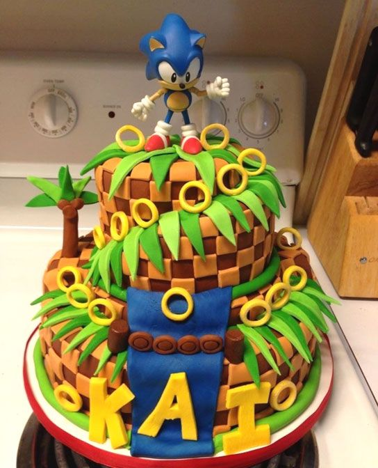 Sonic the Hedgehog custom birthday cake