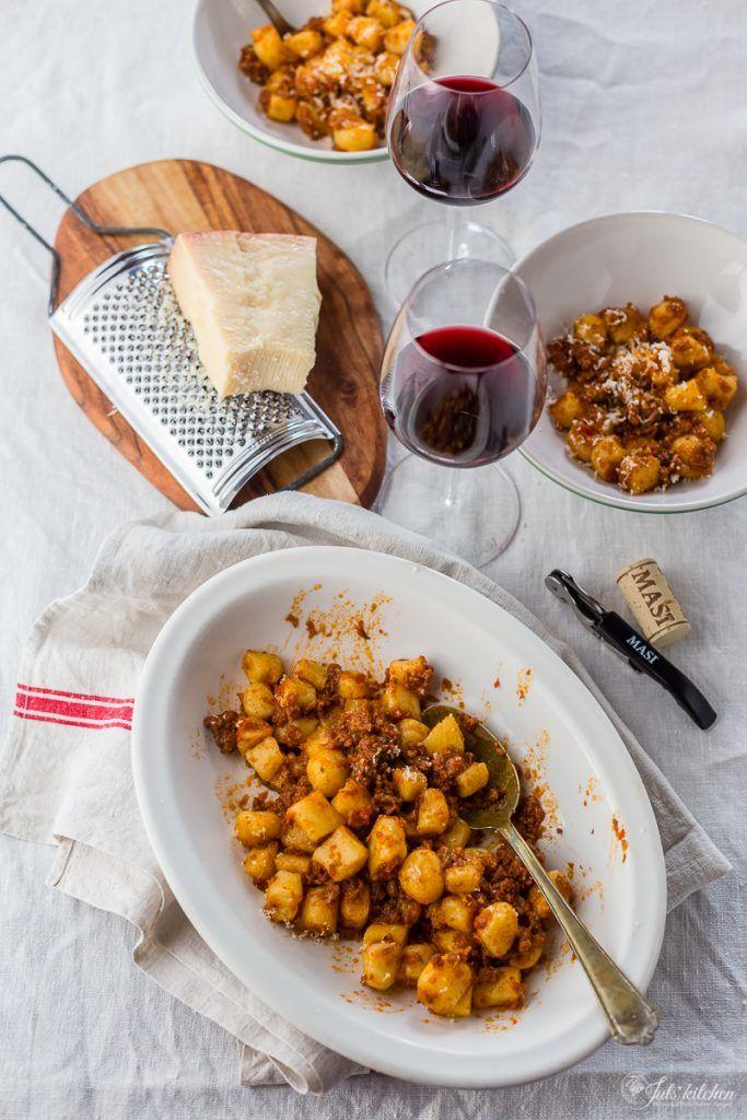 Gnocchetti di patate con ragù di salsiccia