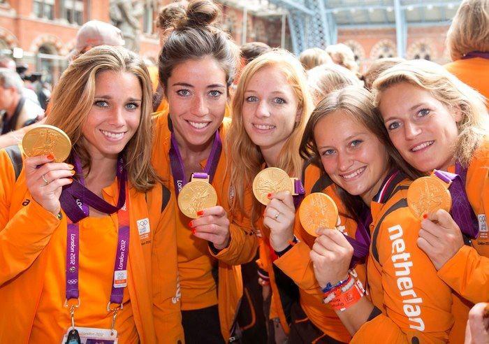 Ellen Hoog with Gold Olympic Medal-2012