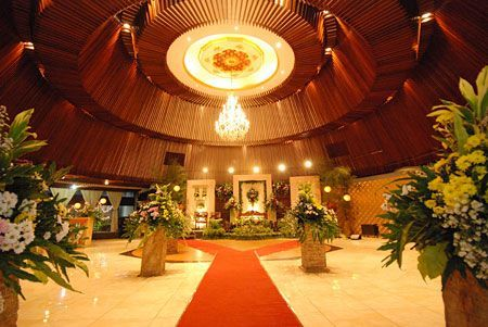 Puri Caping Gunung Rest Convention - Tempat Resepsi | Weddingku At Taman Mini, indoor and semi out door, around 88 Mio (500 pax)