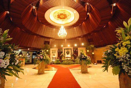Puri Caping Gunung Rest Convention - Tempat Resepsi | Weddingku At Taman Mini, indoor and semi out door, around 88 Mio (500 pax)
