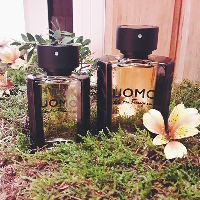 Maskulin ikonis dan segar dengan sentuhan Bergamot menjadi ciri khas seorang Uomo. Pria modern Italia yang direpresentasikan dengan sempurna lewat wewangian UOMO Salvatore Ferragamo. #ferragamoparfums #scentoflife #UOMOSalvatoreFerragamo #UOMOxSOCIOLLA #graziabeauty #graziaindonesia  via GRAZIA INDONESIA MAGAZINE OFFICIAL INSTAGRAM - Fashion Campaigns  Haute Couture  Advertising  Editorial Photography  Magazine Cover Designs  Supermodels  Runway Models