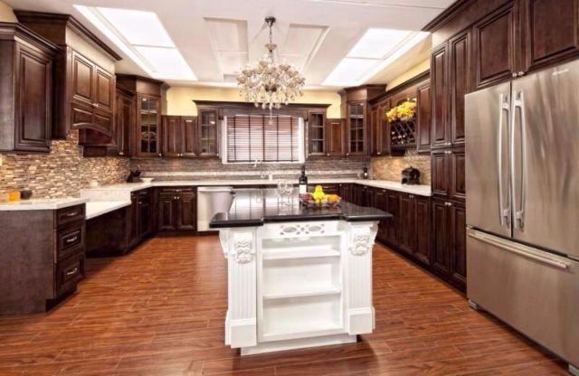 Armoires de cuisine tout en bois standard 10 39 0 x 10 39 0 for Armoire de cuisine kijiji