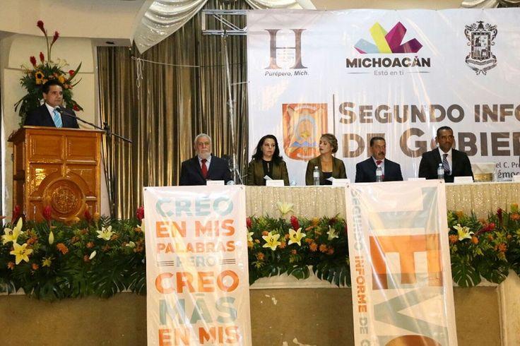 El gobernador de Michoacán acudió al Segundo Informe de Gobierno del alcalde de Purépero, Cuauhtémoc Vega Robledo; insiste ante legisladores en modificar la fórmula fiscal para fortalecer a los municipios ...