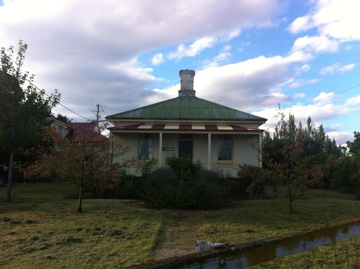 Cute Georgean style railwayman's cottage - Cooma, NSW Australia