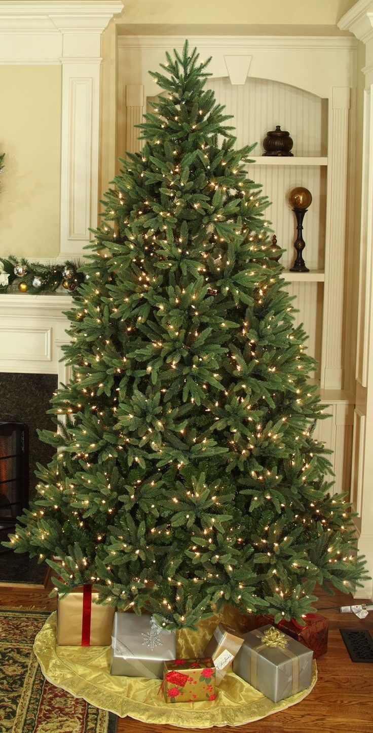 Top 15 Best Pre-Lit Artificial Christmas Trees