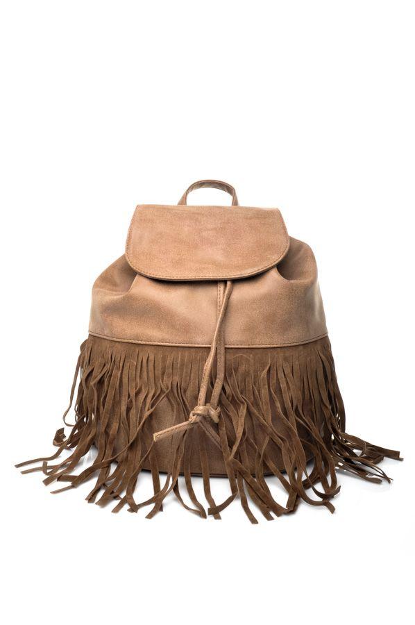 Tendencia: Bolso mochila con flecos // Trend backpack bag with fringes www.tapoa.es Tapoa verano 2015