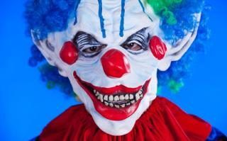 'Clown attempting to lure children into woods' triggers police warning