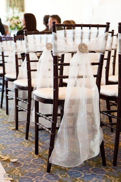 挙式も結婚式も椅子まで可愛くしたい♡『チェアデコレーション』アイデアまとめ*にて紹介している画像