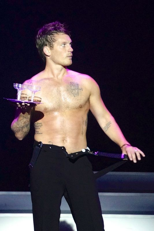 Tristan MacManus, Dancing with the Stars: At Sea on Holland America Line – MacManiacs.org (Image Copyright © Jason Leppert)
