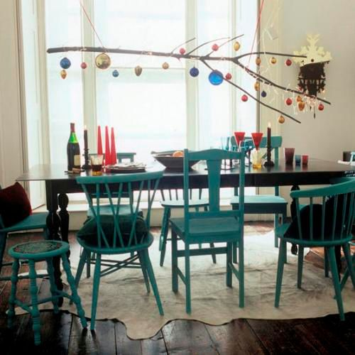 How fun is this stick above the table decorated for Christmas