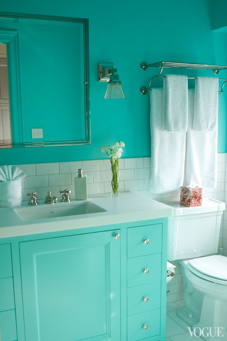 Bright colored bathrooms - Apt With Lsd Brett Heyman S Upper East Side Apartment Tiffany Blue Bathroomsbright