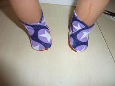Meine Jungs wollte ganz gerne das Ich unserer Puppe auch mal Socken nähe.  Hier hatte Ich schon welche für die Puppe meiner Nichte genäht  ...